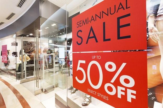 Optimizing your retail business new signage
